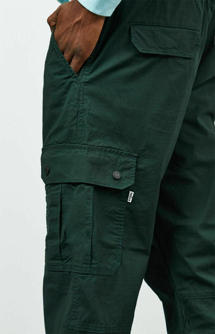 LEVIS STRETCH TAPERED LARGE MSRP $70 GREEN