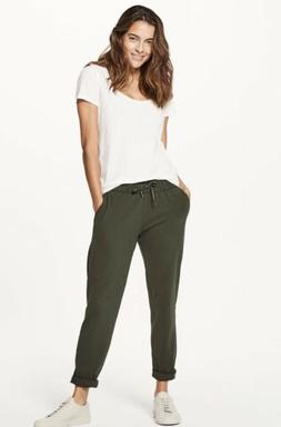 Lululemon Size 6 On The Fly Pant Dark Olive BLK 7/8 Relaxed