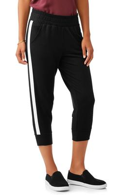 Athletic Works Women French Terry Capri Joggers Pockets Side